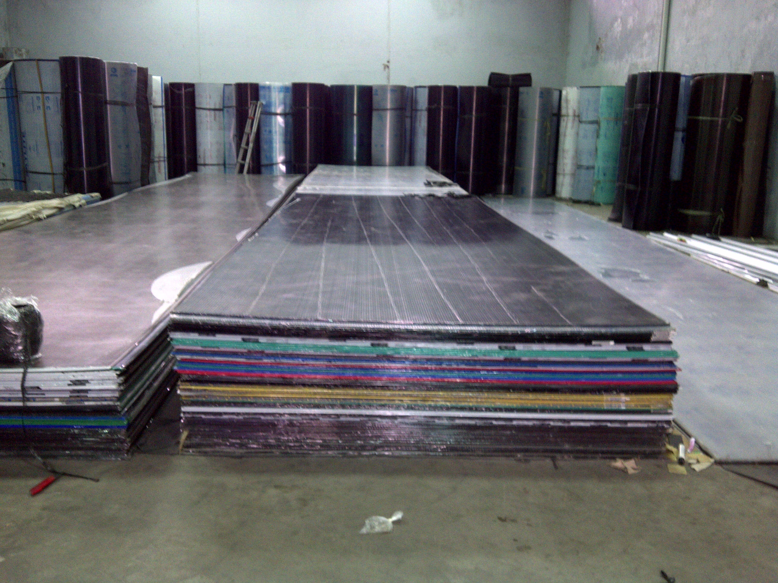 Twin_wall_Polycarbonate_Sheet